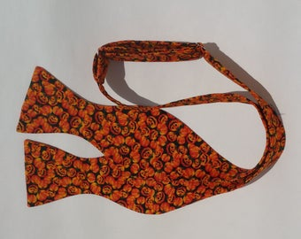 Halloween Pumpkin Mini Miniature Tiny Jackolantern Jack-o-lantern orange self tie bow tie adjustable freestyle Party
