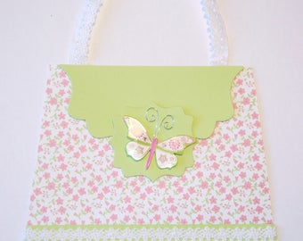 Very feminine handbag shaped card
