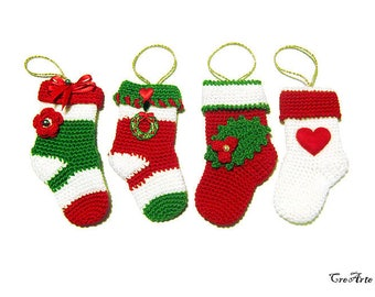 Crochet Christmas mini socks. Christmas decorations, Calzette per Natale