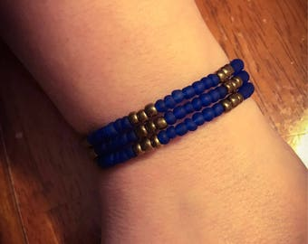 Memory wire royal blue bracelet