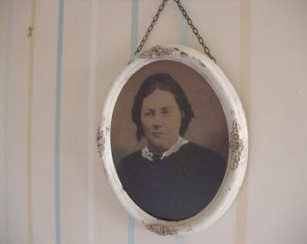 VINTAGE OF WHITE oval photo frame with old sepia photo of a woman,up-cycled picture frame,original framed picture,wooden decorative frame