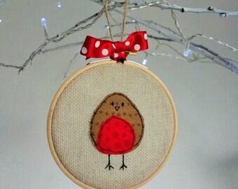 Robin Christmas Decoration - Robim Christmas tree ornament - Hand sewn Robin embroidery hoop tree decoration - Christmas Tree Decoration