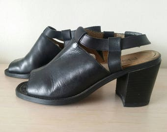 Vintage Black Leather Shoes By Northlake/Grizzly/Australia /1980s Size 8B