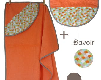 Bath + orange grey green print bib