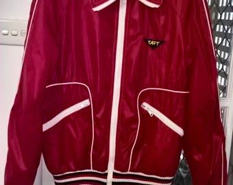 Vintage 1970s red TAFT outdoor Retro spray water resistant jacket Size S