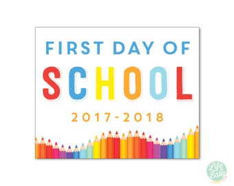 First Day of School Sign | First Day of School Poster {PRINTABLE POSTER} 8.5x11