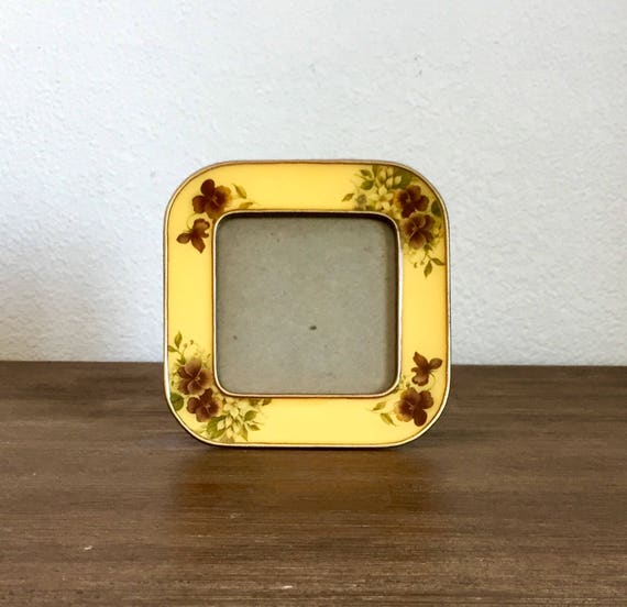 Golden Yellow Metal Kitchen Cart Movable Painted Vintage 50s: Yellow Enamel & Metal Floral Picture Frames; Bucklers