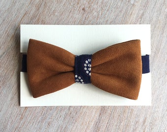 Leather - flower Blue bowtie