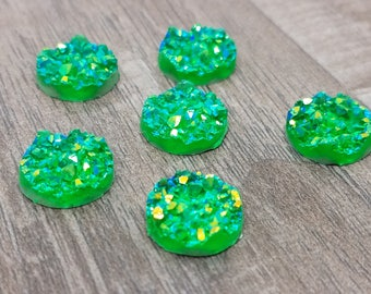 12mm Green-Gold Iridescent Faux Druzy Cabochon - 10 pcs: 12-DRUZ-E03