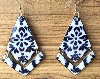 Talavera mexican pottery inspired shrink plastic 2 tier dangle earrings handmade lightweight mosaic blue hecho a mano