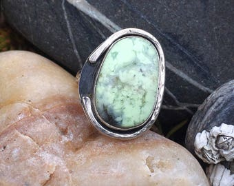 Chrysoprase Ring, Chalcedony Ring, Sterling Silver Ring, Size 6.75 Ring