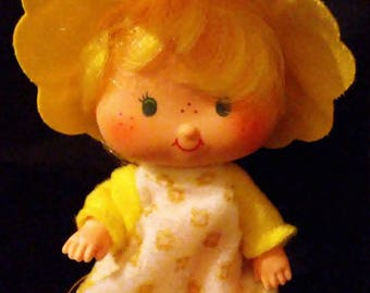 Vintage 1980s Strawberry SHORTCAKE Butter Cookie Doll!!