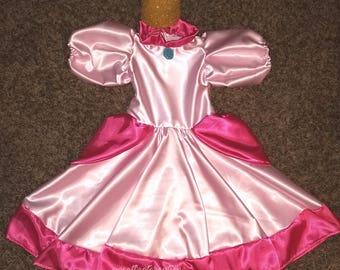 Princess peach dress and crown