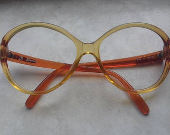 Beautiful Vintage 70's Women's Glasses Frames by Optyl-Optyl Elegance 8774  40