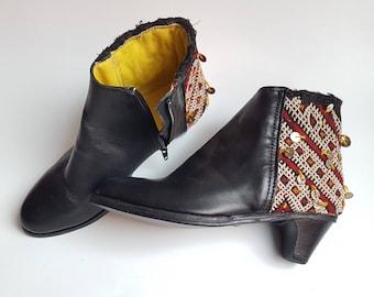 Bootie Black Leather with vintage kilim  8-8,5 US, UK 6-6.5   EU 39