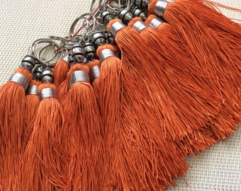Tassel made of silk braided Orange