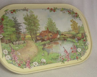 vintage tray vintage souvenir Clover leaf country cottage made in Uk oval tray country cottage country theme
