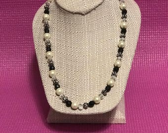 Black bead and pearl necklace