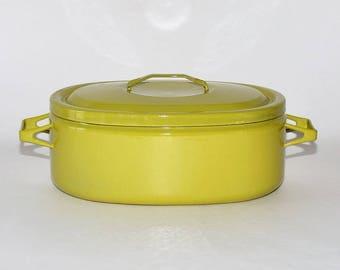 Vintage Finel Arabia Finland Seppo Mallat Chartreuse Oval Dutch Oven Pot, circa 1960s