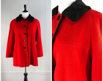 Vintage Womens Mackintosh of New England Red Button Front Warm Winter Coat with Black Faux Shearling Collar | Size L