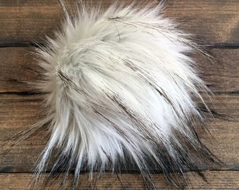 Faux Fur Pom Poms in Arctic Hare - Two Sizes
