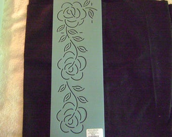 Traditional Quilting Stencil 3 in. By 13 in. Large Rose and Petal Border