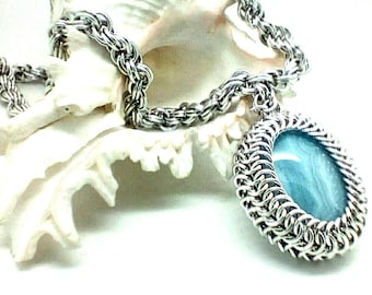 Handwoven chainmaille/chainmail spiral weave necklace with Blue lace Agate cabochon. Free shipping