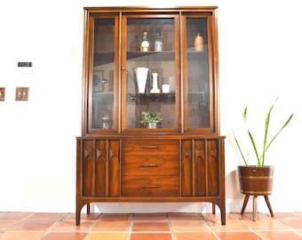 Mid Century Modern China or Curio Cabinet / Bookcase / Hutch