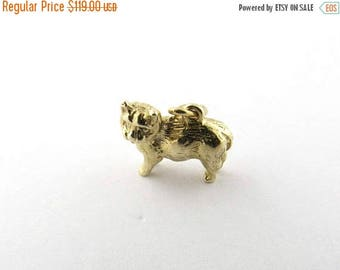 Christmas in July Sale Vintage 9 Karat Yellow Gold Cat Charm #1133