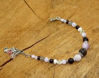 Bracelet stones fine Kunzite labrdorite, Garnet and Czech Crystal beads
