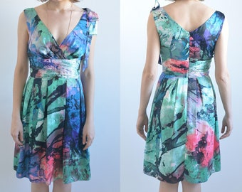 Art print dress with shoulder bow detail