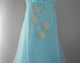 womans vintage 1960 ValMode blue babydoll nightgown lace applique nylon