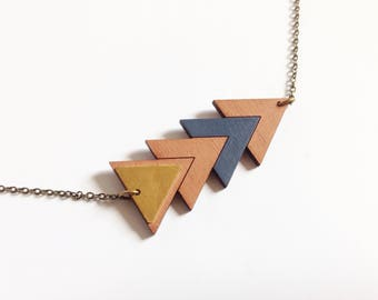 "Necklace ""Fujie"" wood and brass triangles"