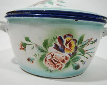 Antique French enamel cooking pot