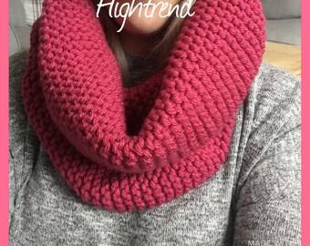 Handmade knitted chunky snood