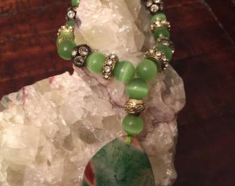 Green Agate Pendant with Green Cat's Eye Wristlet