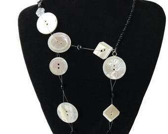 Buttons - necklace