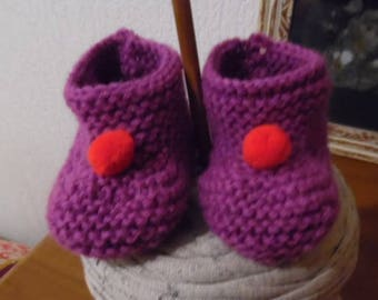 Little booties with pom poms!