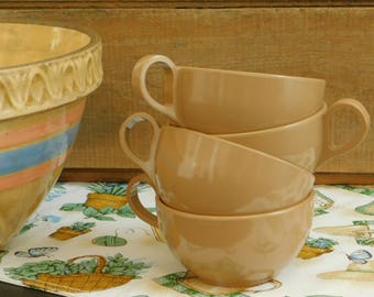 4 Light Brown Melmac Cups, Picnic Dish Set, Camping Dinnerware, Brown Dishes, Mid Century Melmac, Summer Dish Set, Old Melamine
