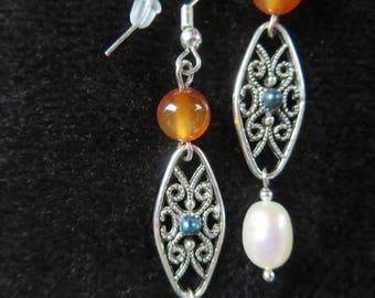 filigree with agate beads and freshwater pearls earrings