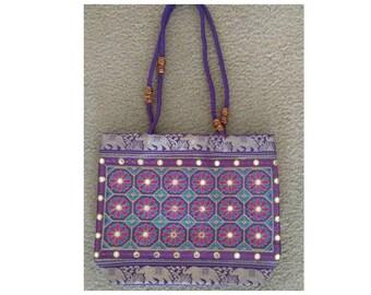 Purple purse//purple tote//Indian tote//tote bag//handbag//shoulder bag//purple handbag//elephant design//elephant purse//Indian handbag//