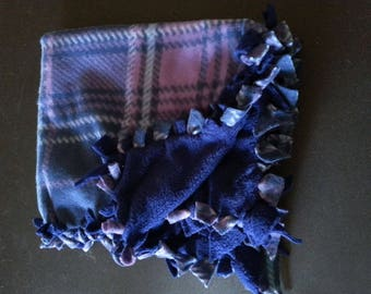 Purple Plaid Pattern Hand-Tied Pet Blankets (small)