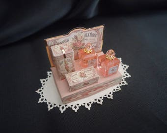 Perfume display 1/12th scale