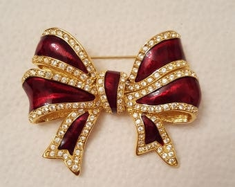 JOAN RIVERS Bow Pin