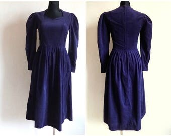 LAURA ASHLEY Vintage 80s  Purple Corduroy Dress Long Sleeve Zipper Closure Side Pockets Vintage Women's Clothing Cotton Dress Size  USA 10