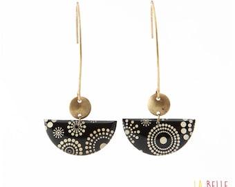 Crochet half-moon pattern black and white circle dot earrings