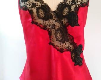 Vintage VICTORIA'S SECRET * camisole * gold label * RED * Black lace trim
