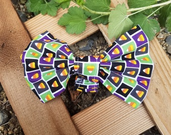Fun Candy Corn Green and Purple Halloween Pattern Dog Bow Tie