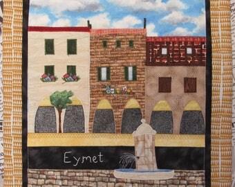 Place des Arcades Eymet, France Quilt Wall Hanging - Place des Arcades à Eymet (24) en Patchwork Tenture Murale