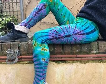 Tie dye leggings, yoga leggings, psychedelic clothing, festival clothing, funky leggings, colourful leggings, hippie clothing